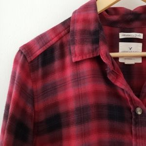 AE Outfitters || Red Plaid Flannel Shirt